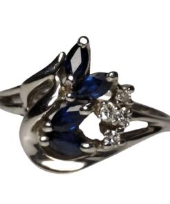 Sapphire & Diamond White Gold Ring outline